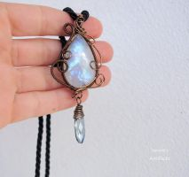 Moonstone wire wrapped pendant by IanirasArtifacts