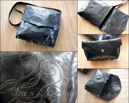 Black Classic  Messenger Bag by izasartshop