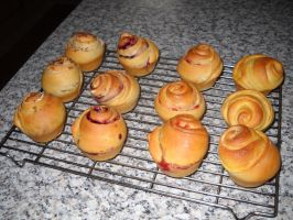 Mini...midi? Brioche Buns by Bisected8