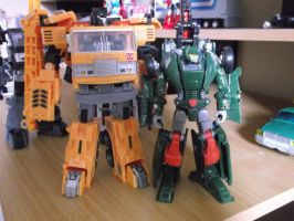 Transformers Grapple and Hoist, best friends! by forever-at-peace