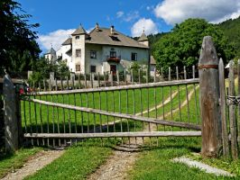 House - Teodone - Brunico by Sergiba