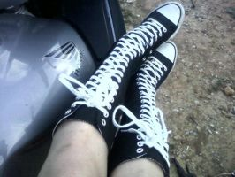 Emo Converse by karrissapixy