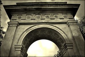 The Arch by Estruda