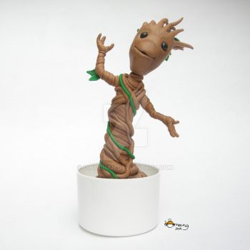 Potted Groot by Dinuguan