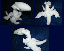 Blue Eyes-White Dragon Plush by Shadowless-Dreamer