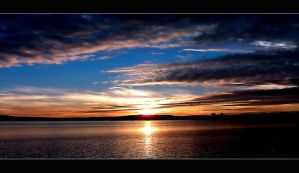 Bay sunset by abstractlvr