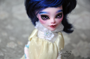 Daisy (Monster High Vampire repaint) by theugliestwife