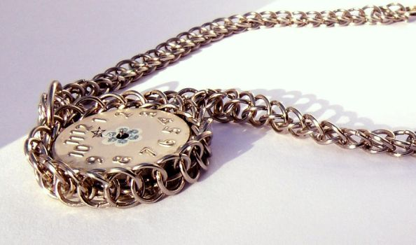 upcycling with chainmail by Craftcove