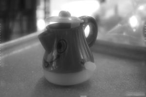 Toy Teapot photo with effect by Tytoon101