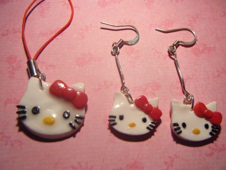Hello Kitty! set by Tanhi