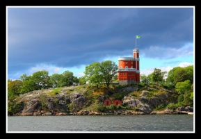 Kastellet with flag of peace by ljungh