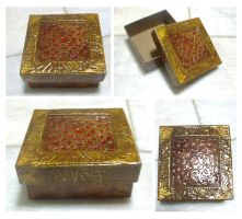 Decorative Christmas Box by blue-fusion