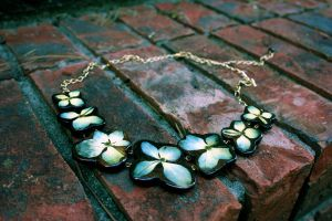 hydrangea necklace by Bodega-Bay