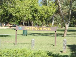 sweetgum sign 10 metres by avenueimage