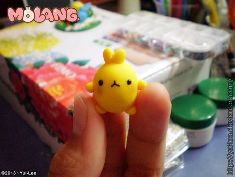 Fimo craft: Yellow Molang by Yui-Lee