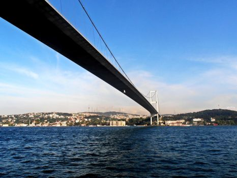 Bosphorus Bridge by GkcTly