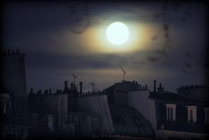 Paris furtherst full moon by alahay