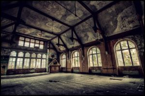 Sanatorium Hall by B5160-R