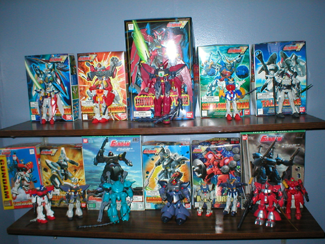 Gundams on my wall by Zakuno2