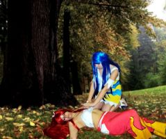 Erza needs your healing powers, Wendy by COSPLAYTITANIA