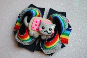 Nyan Cat Bow by abarra01