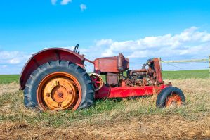 Tractor by MoCity