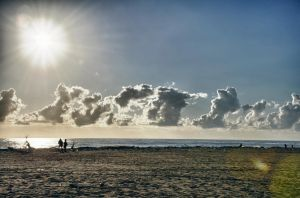 Sun over the sea by Tiris76