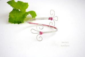 Fairy Wire wrapped arm cuff by IanirasArtifacts