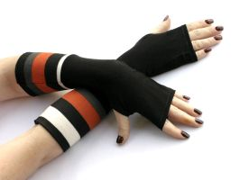 Black and white stripes arm warmers, gloves by WearMeUp