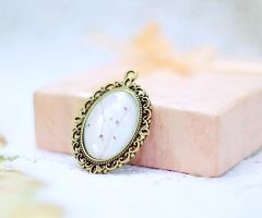softness photo pendant. by magnesina