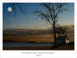 Sunset over Lake Ontario by emanuelmelo
