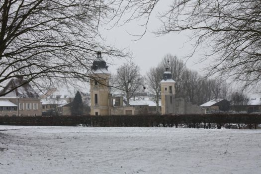 Les Clayes park under snow by NirgalworlD