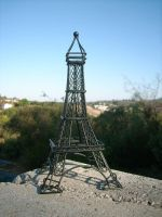 The Eiffel Tower...? by kaitoupirate