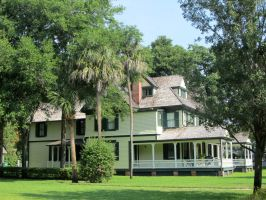 Historic Florida home by WisteriasWeb