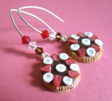 Chocolate Tart earrings by PetitPlat