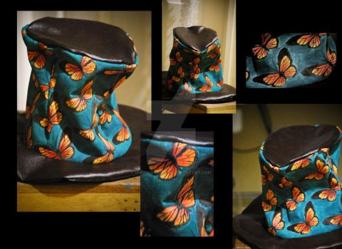 hand painted butterfly hat by gurmeinkaulitz