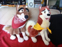Balto and Jenna plush by Vesperwolfy87