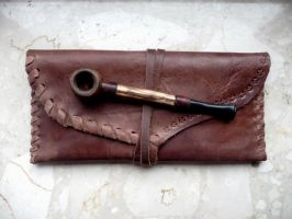 Leather pouch... by Tharrk
