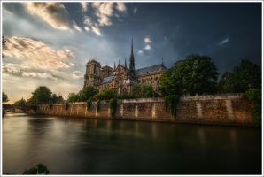 Paris: Notre Dame by Graphylight