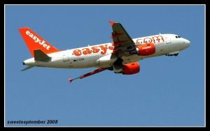 easyjet by sweetpainter