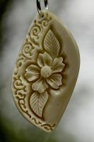 pendant 10 - bone carving by manuroartis