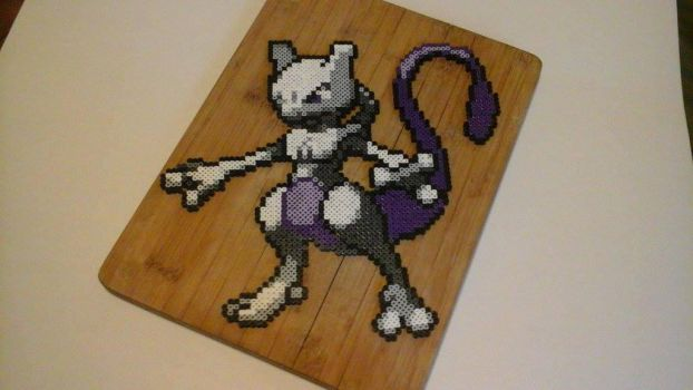Mewtwo Perler by actionprime