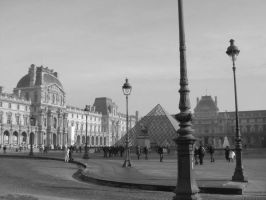 Lampposts of the Louvre by samarinda