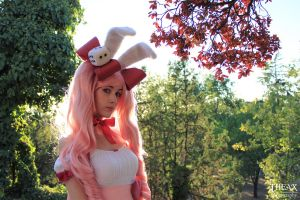 Rabbi en Rose Cosplay Di Gi Charat by Theax95