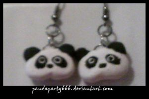 Tare Panda Earrings by pandaparty666