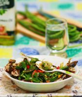 Short Mackerel with long bean by msendy