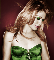 Kelly Clarkson Colorization by giles22atl