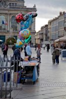 Balloon and marron on comedie by ours-kodiak