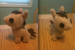 Horsie Plushie by CheesyHipster