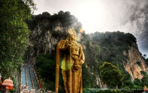 Batu Caves - Heaven by reubenteo
